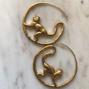 - New Tory Burch money hoop earrings